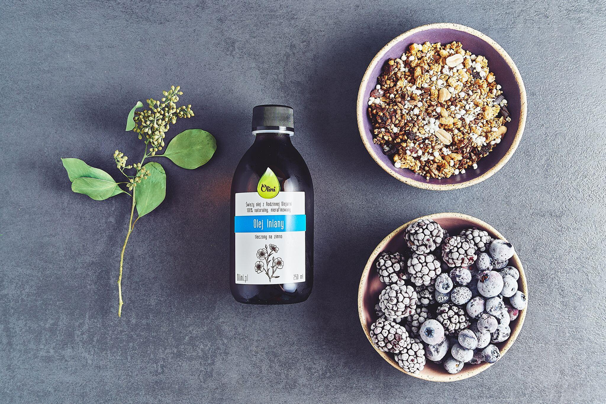 Owoce, musli i olej